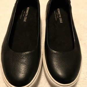 Almost Brand New Stylish Loafers By KENNETH COLE